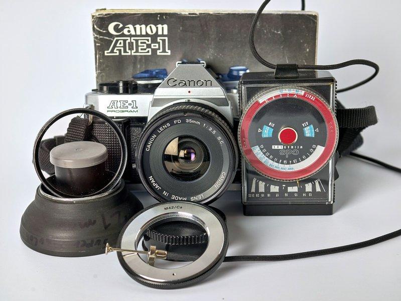 2021-01-19_CANON_AE1_MIT_ZUBEHÖR_1370034.jpg